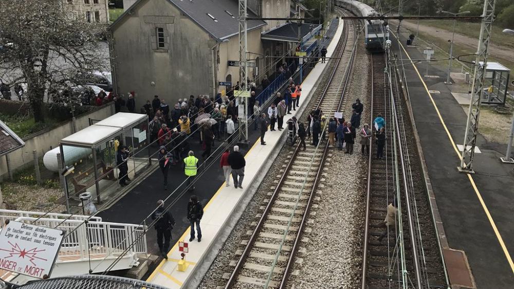 """Résultat de recherche d'images pour """"gare saint sébastien creuse"""""""