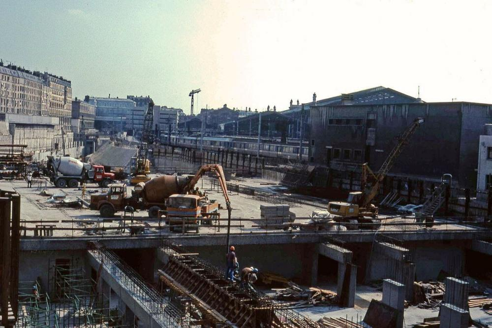 1280px-Paris-Nord_construction.thumb.jpg