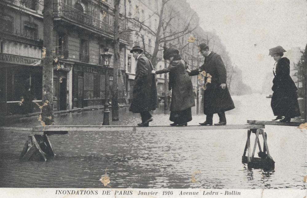 Inondations_Paris_1910.thumb.jpg.0649f30