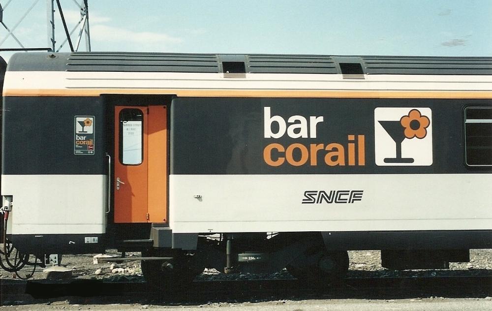 Corail Bar b.jpg