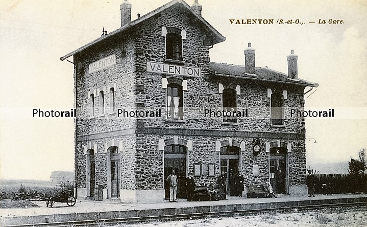 valenton1.jpg