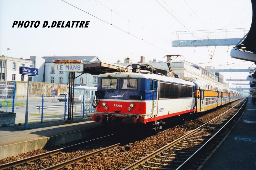 199912.01A BB 8593.jpg