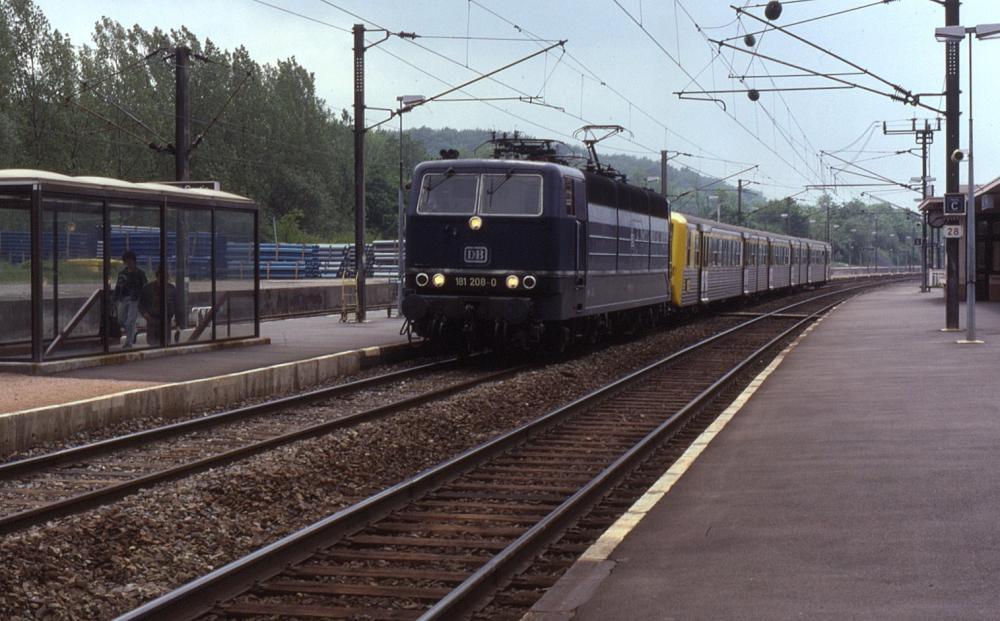 181 208+RRR Saarbruck-Matz Saint-Avold 08-06-1991.jpg