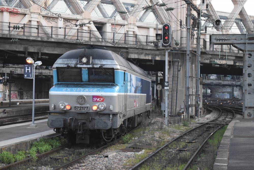 CC 72177 PARIS - EST .JPG