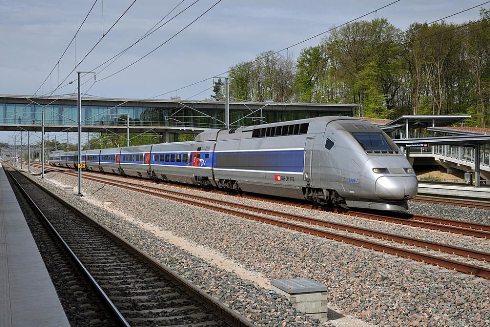 TGV_POS4406_Besançon_Franche_Comté_TGV.jpg
