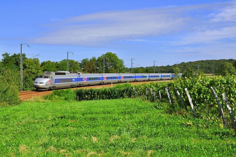 TGV_PSE_Arbois.jpg