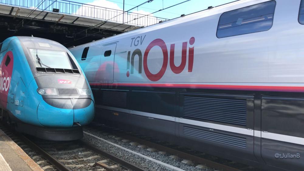 Livrée R4, TGV 3UF 863 (à côté d'un Ouigo) à Bordeaux Saint-Jean le 2 Juillet 2017