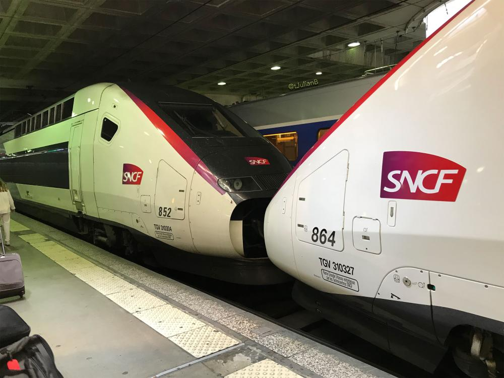 UM TGV 3UFC 852 + 864 à PMP