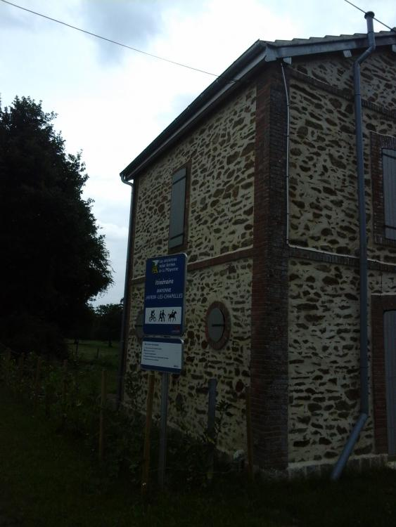 Canton 34 ligne Mayenne - Javron-les-Chapelles.jpg