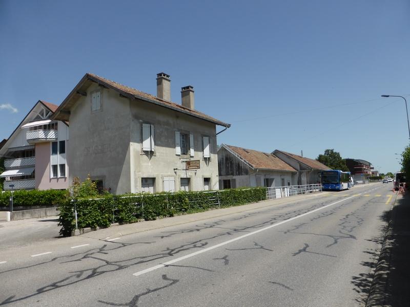 P1280315(1) (gare Crassier).JPG