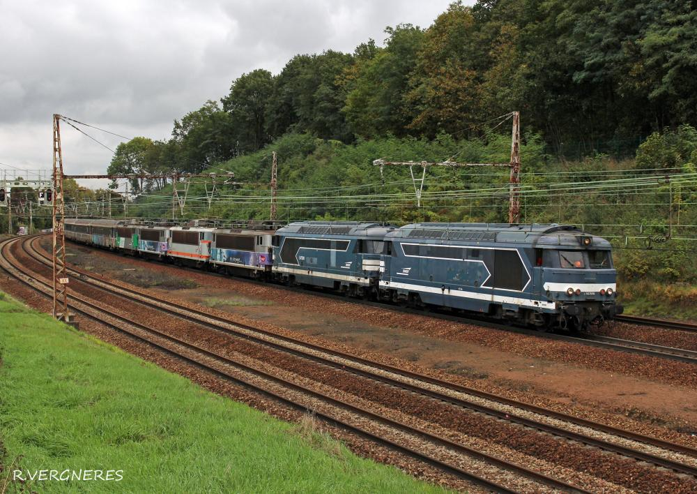 BB 67596 et 67590 + BB 8500 Montrouge.jpg