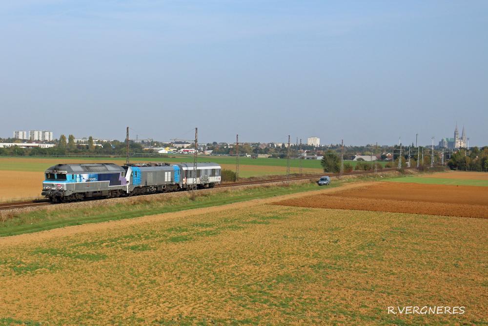 CC 72049 + Eurodual 6001.jpg
