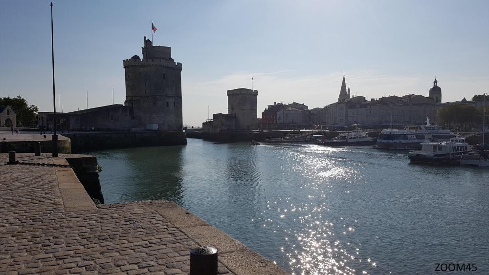 Vieux_port.thumb.jpg.baaeb1cb3b058ff5e57455e0fb8cb3e2.jpg