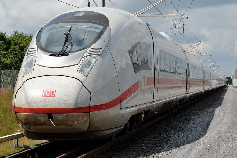1200px-DB-Baureihe_407.JPG