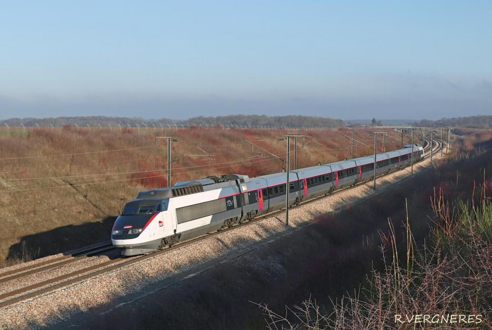 TGV 16 LGVA.jpg