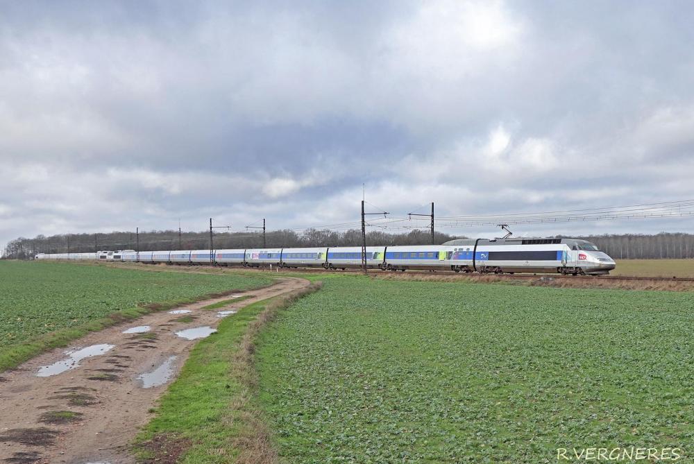 TGV 377 + 359.jpg