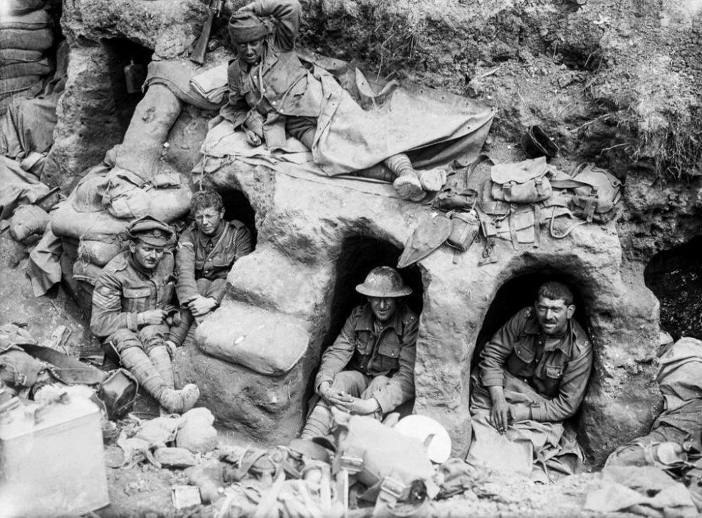 battle_of_the_somme_in_pictures_25.thumb.jpg.6758df33e48bf00602a63fcd799a355c.jpg