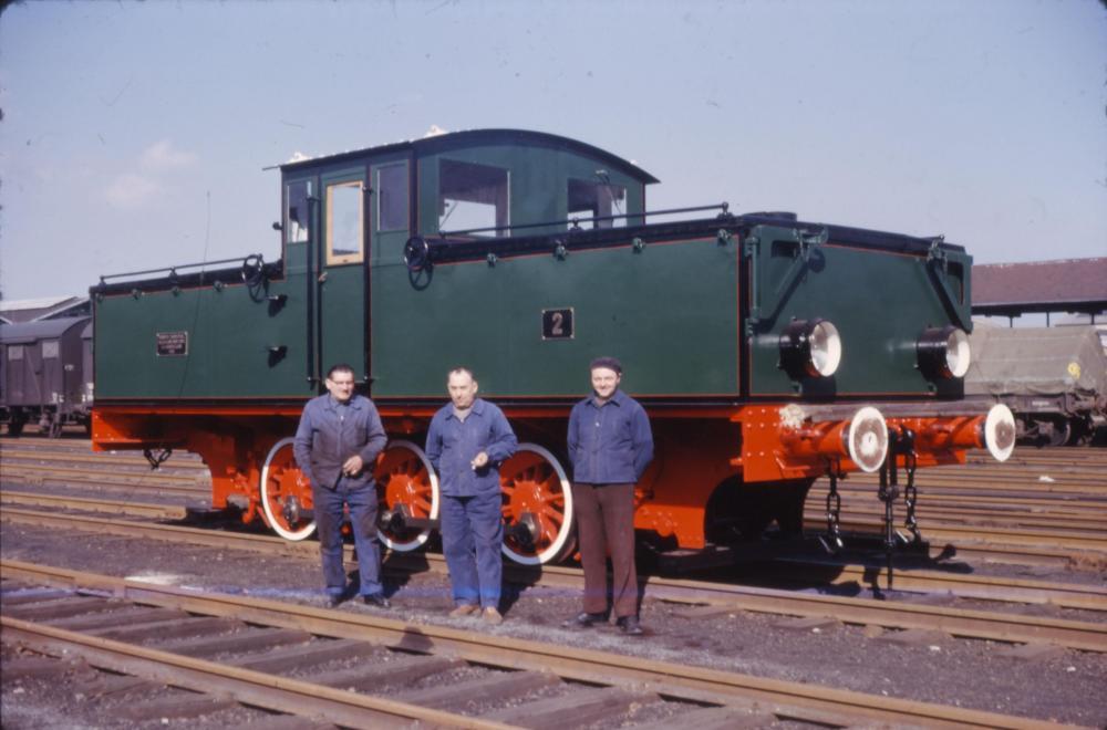 007_locotrac02.thumb.jpg.f847cd57a6d20d1720d32768172eacf0.jpg