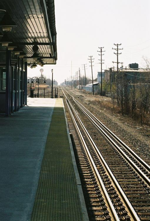 800px-Gauntlet_track_at_New_Jersey_Transit_Union,_NJ_Station.jpg