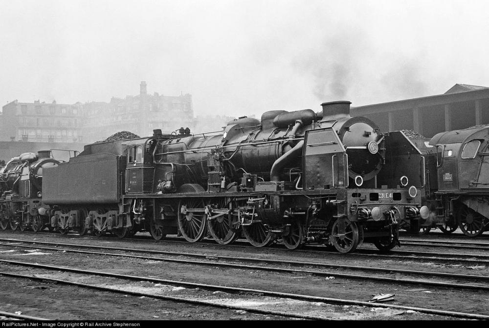 La Chapelle depot  31 mars 1958.jpg