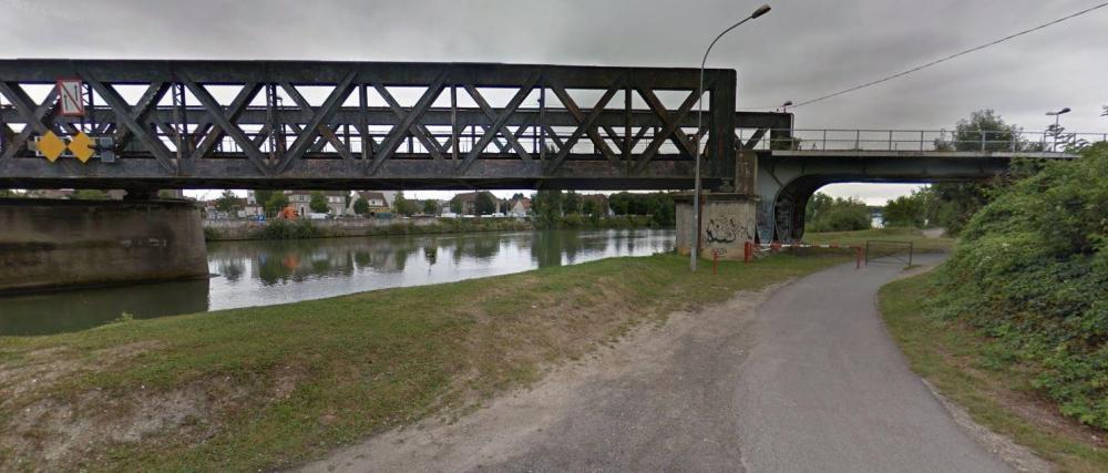 pont2012.thumb.JPG.4f658f5c86fde38285fabf0cc2c35a6e.JPG