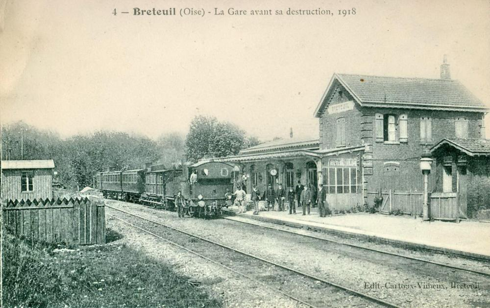 1374763017_BRETEUIL_-_La_gare_avant_sa_destruction_1918.thumb.jpg.da02cdd41874bcc99b8cfb28e7cd621c.jpg