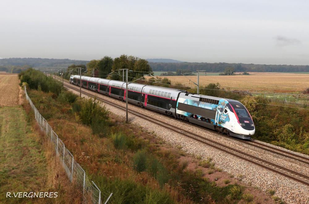 TGV 204 DRAGON CALAIS.jpg