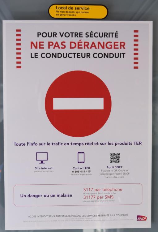 Affiche Sécurité TER Grand Est ... .JPG