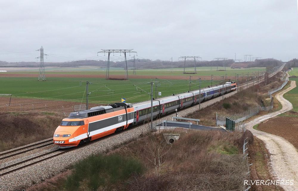 TGV 01 PK 31 LN3 CHAMIGNY.jpg
