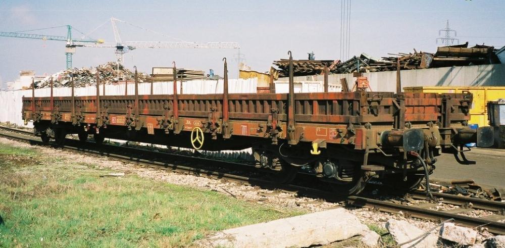 Eisenbahn_Rungenwagen.jpeg