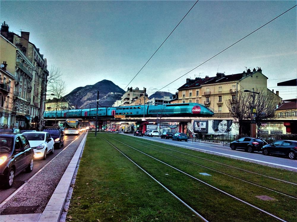 OuiGo_Grenoble.thumb.jpg.4d0e63908a314aa27c85d9d063b73f48.jpg