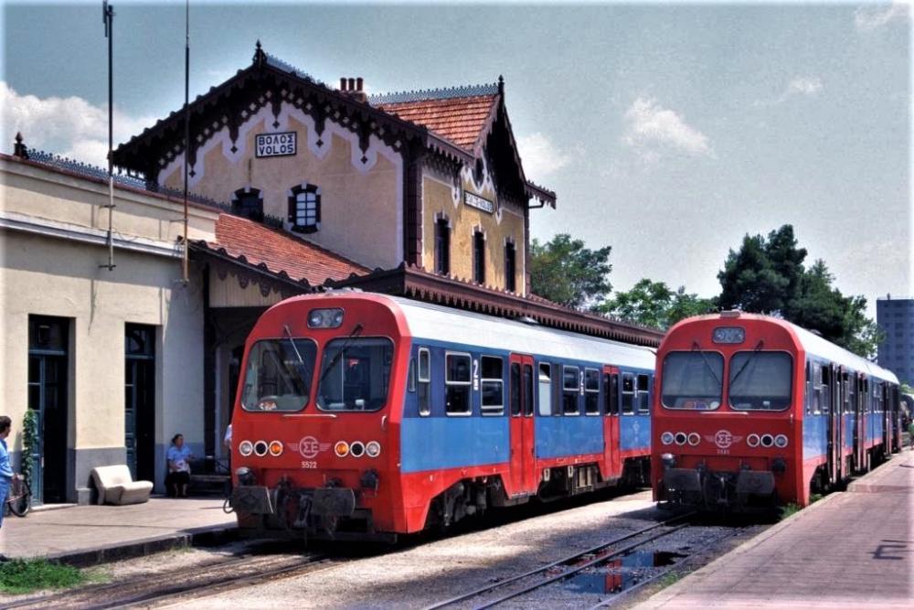 Volos_station_1995.thumb.jpg.5f40322c443018107e4a394f1bd4c0e9.jpg