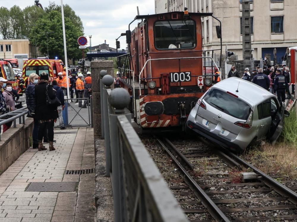 l-accident-le-premier-du-genre-a-hayange-selon-le-maire-s-est-produit-en-plein-centre-ville-photo-rl-pierre-heckler-1622110545.thumb.jpg.9cce32307dcba3fad45235ae02fc9946.jpg